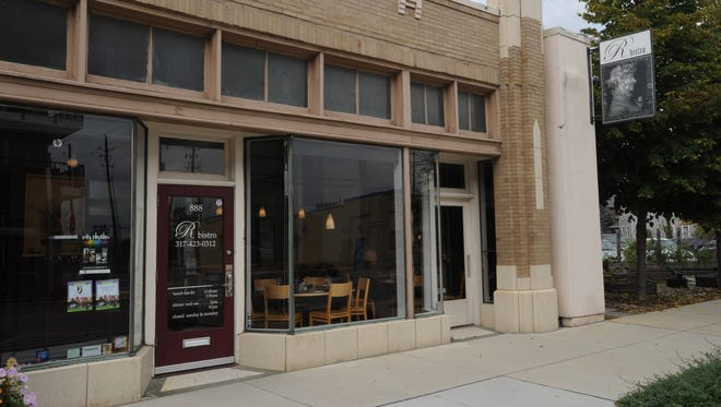 Look for Rooster's Kitchen to open in fall 2016 at the former R. Bistro, 888 Massachusetts Ave.