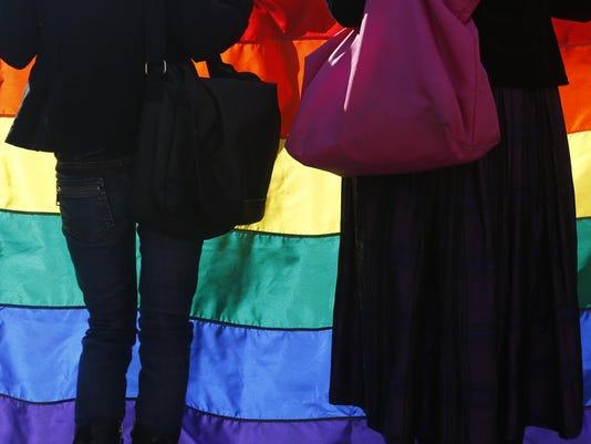 635678055173484339-gay-pride