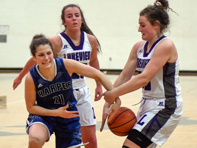 Lakeview's Sunshine Johnson (50) gets a steal from