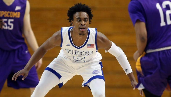 Tahjere McCall transferred to Tennessee State after Tigers great Anthony Mason introduced him to coach Dana Ford.