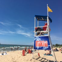 5 teens rescued from Lake Michigan, 3 hospitalized