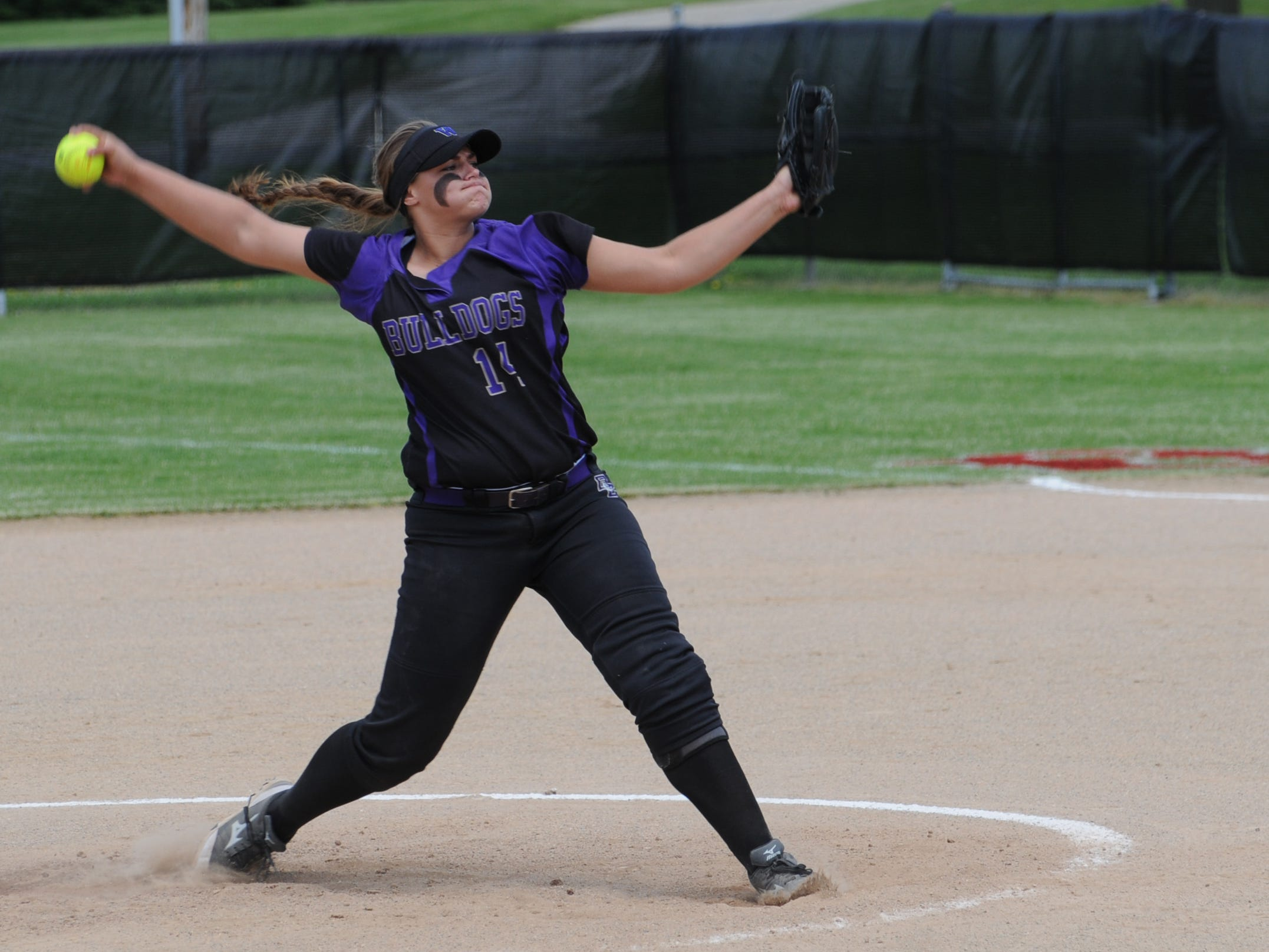 Bloom-Carroll senior pitcher Taran Alvelo returns as the top-rated high school pitcher in the country.