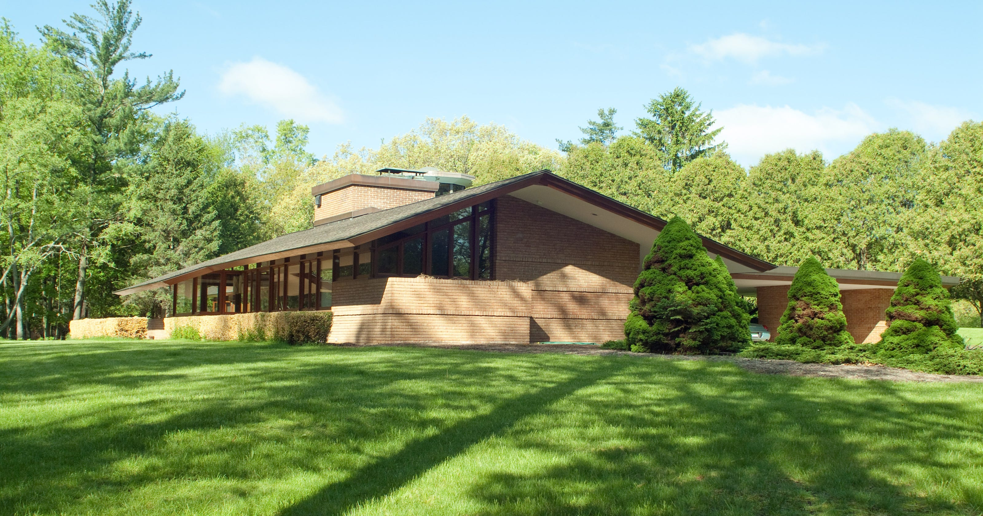 Lloyd Frank Wright Houses architect frank lloyd wright's four okemos designed homes on