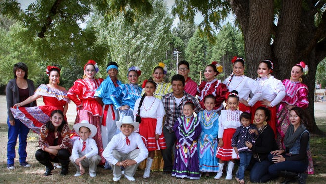 Ballet Folklorico Tlanese will perform at the Oregon State Capitol's celebration of National Hispanic Heritage Month on Sept. 26.