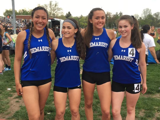 Demarest girls 4-x-400 winners at the Big North National