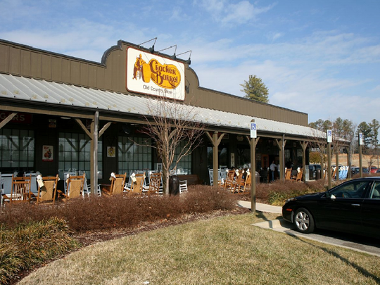 Judges orders changes to restaurant in Cracker Barrel suit
