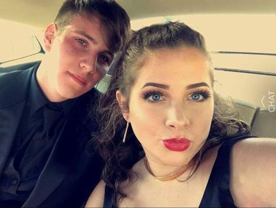 Tanner Allford and Kaylie Jackson take a selfie before