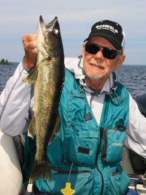 The live bait rig is a classic walleye presentation that catches fish.