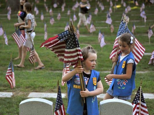 AP BOY SCOUTS VS GIRL SCOUTS A FILE USA MI