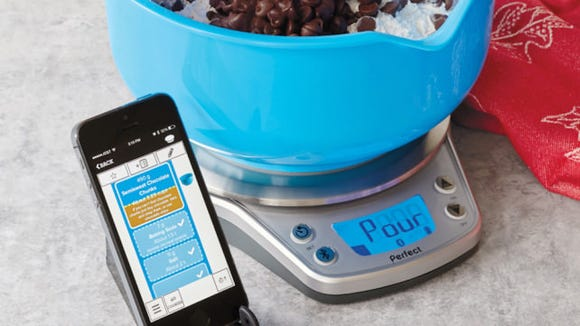 It's easier than ever to make a great pie, thanks to this smart baking scale.