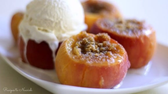 Instant Pot Stuffed Peaches