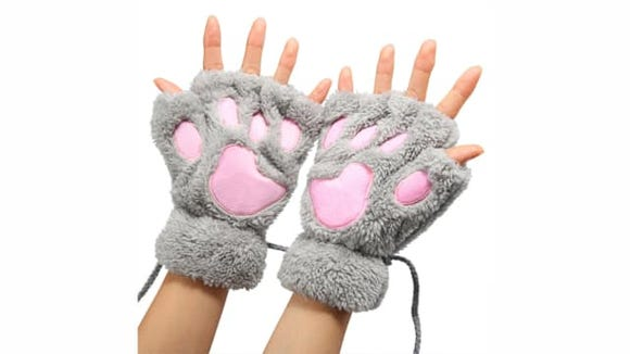 Bear Paw Fingerless Gloves