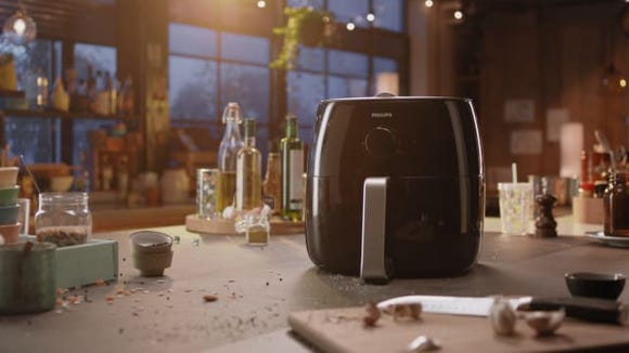 The best gifts for men: Philips Airfryer XXL