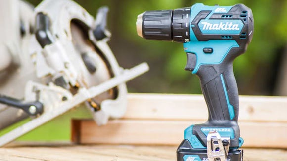 Best Gifts for Dad 2018 - Makita FD07R1 Cordless Drill Kit