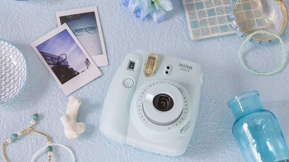 Because who doesn't like a polaroid?