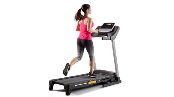 Gold's Gym Trainer 430i Running Treadmill