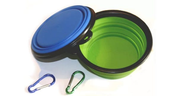 Clip these collapsible dog bowls to your backpack next time you and your pup go on an adventure.