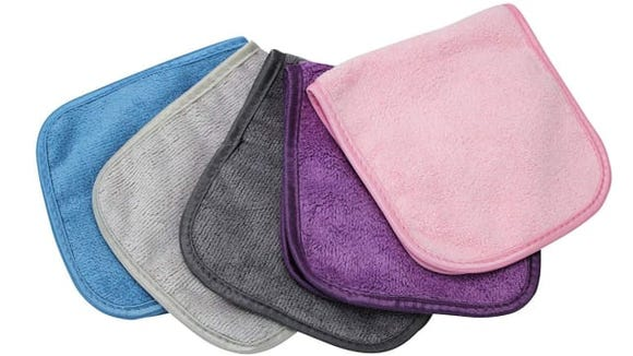 These makeup cloths are perfect for those of us who love makeup but hate feeling wasteful.