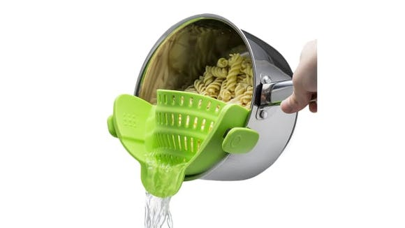 Make life easier with this clip-on strainer.