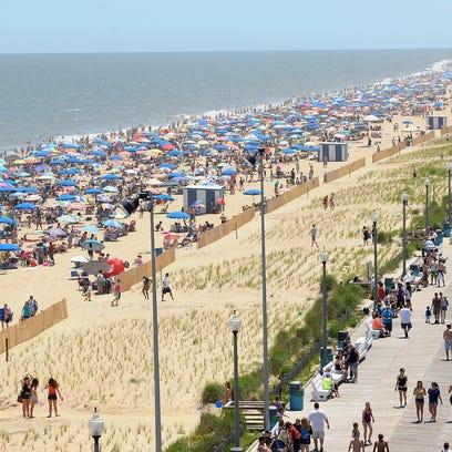Delaware resort towns fear Trump offshore drilling order