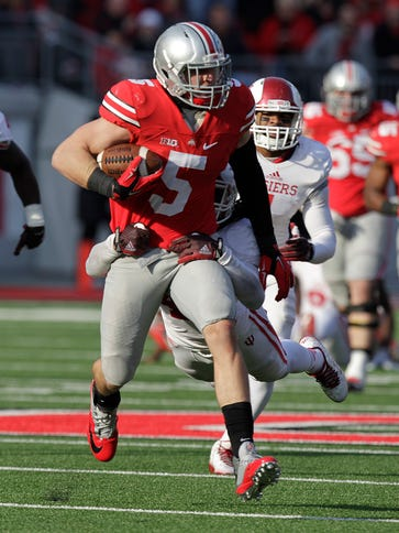 Ohio State tight end Jeff Heuerman runs for yardage