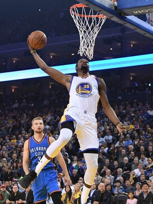 Durant scored 40 points in the Warriors' 121-100 win against Oklahoma City.