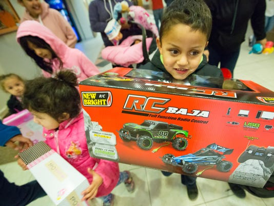 122317 -1- DASO toy giveaway