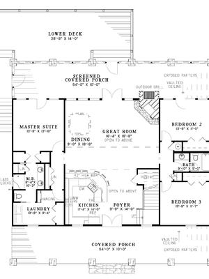 Perfect for a large family on vacation, this layout has plenty of sleeping space and an open kitchen.