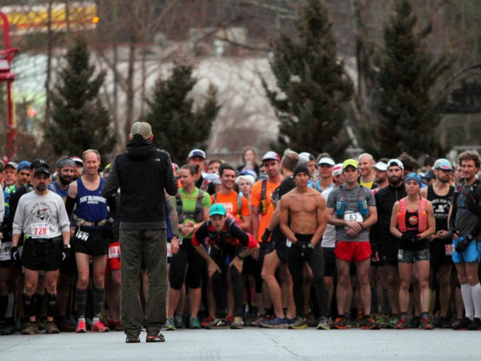 Hundreds of runners began making their way to Cherry