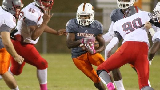 Mauldin's Averius Blakely (4) rushed for 174 yards against Wade Hampton on Thursday as part of Week 8 of the high school football season.