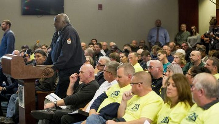 Fire Chief Eddie Bell speaks to Muncie City Council