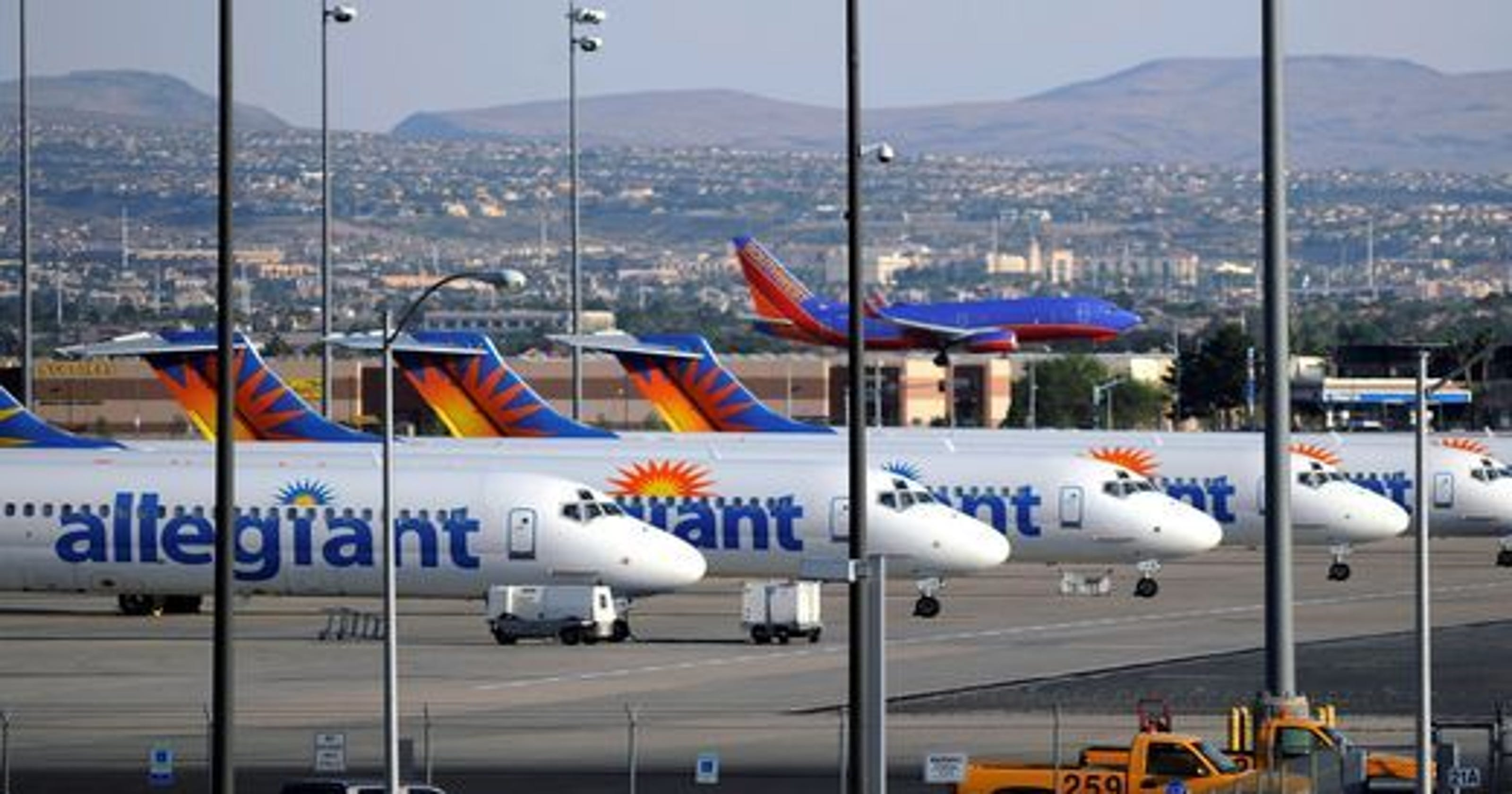 Allegiant Air Story Doesn T Deter Airports Manager
