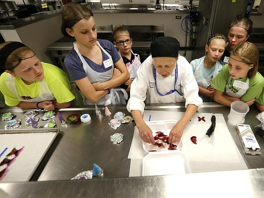 """Students learn the art of cake making in """"Be Your Own"""