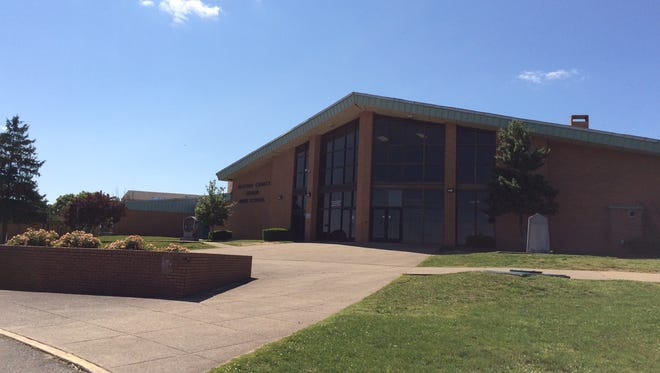 Dickson County High School.