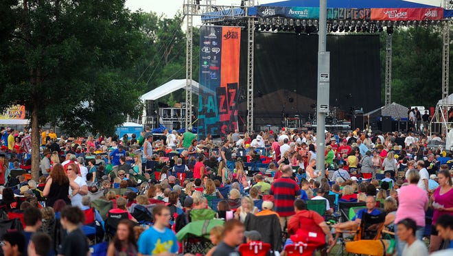 The crowd at the 2013 JazzFest.