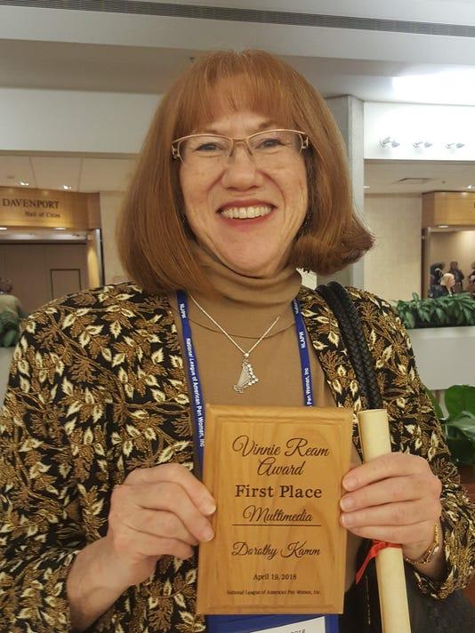 636608715206538363-Dorothy-Kamm-Vinnie-Ream-Award.jpg