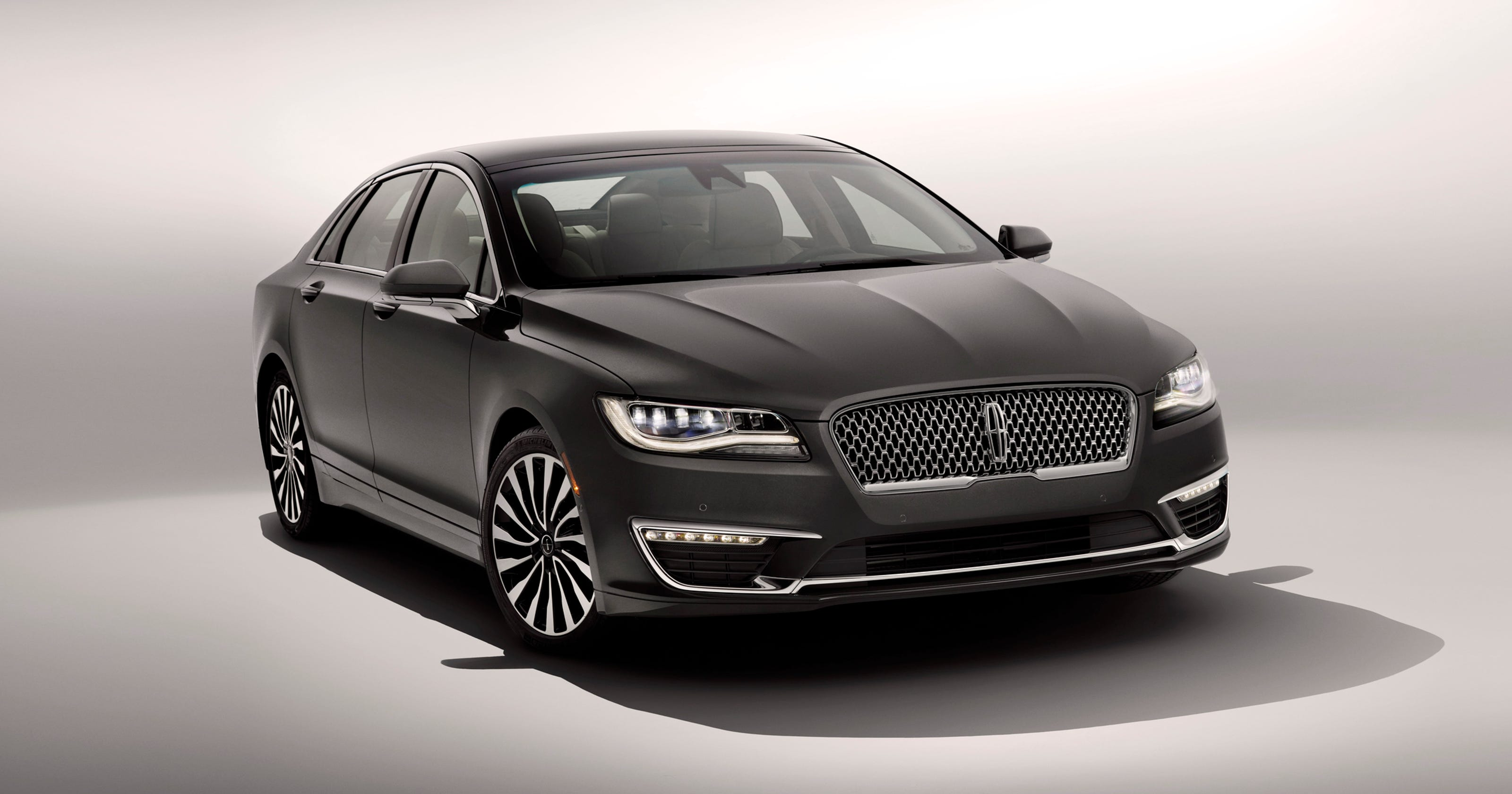 2017 Lincoln Mkz At L A Show New Face For Luxury Brand