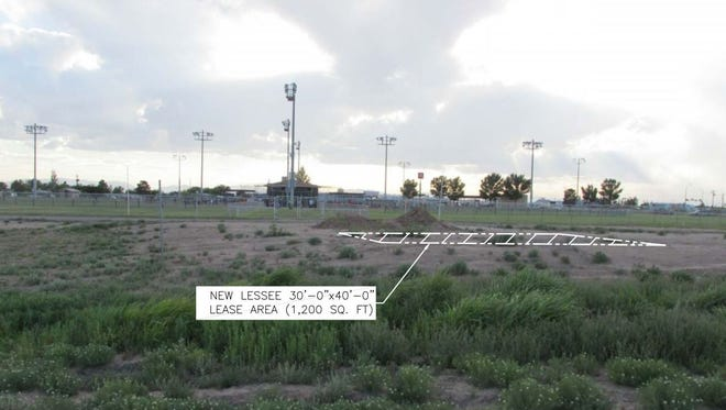 City Commissioners approved a lease with Verizon so that a new telecommunications tower can built on city property.