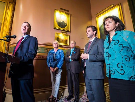 Gov. Phil Scott, left, Senate President Pro Tempore
