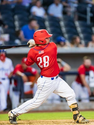 Ryan Lee hit a home run and drove in two runs for the Amarillo Sod Squad on Saturday night in an 8-3 victory over the Texas Stix at Hodgetown.