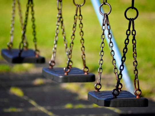 Researches found that recess provides young students emotional and intellectual benefits.