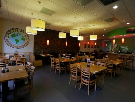 Interior of Earth Pizza, a gluten free and organic