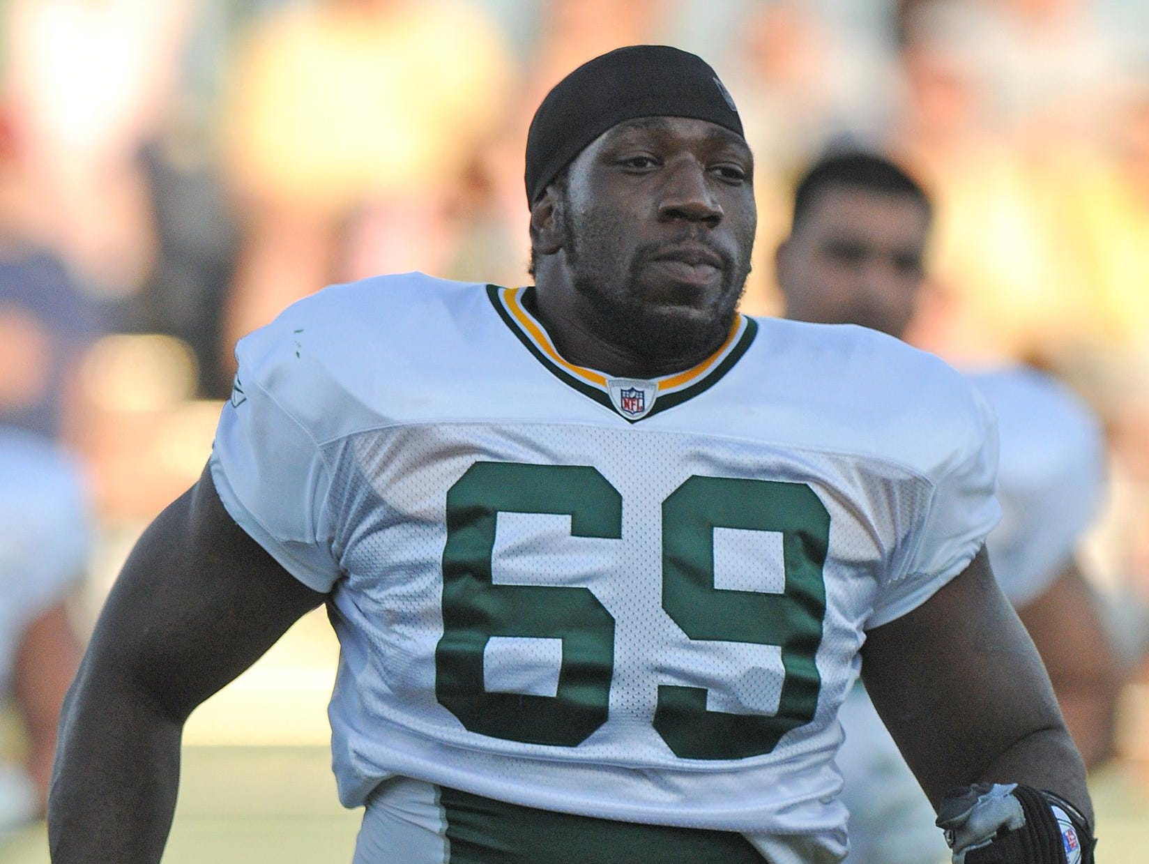 Former USC and Hillcrest High School standout Jamon Meredith is holding an offensive line camp on Saturday.