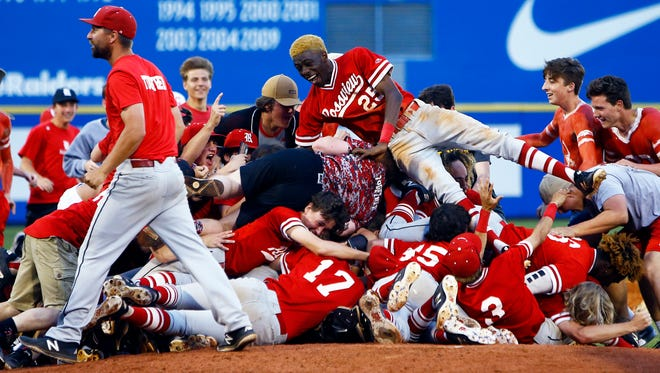 Rossview players celebrate their 11-1 win over Brentwood after a 2018 TSSAA State Championships Class AAA baseball game Friday, May 25, 2018 in Murfreesboro, Tenn. (Photo by Wade Payne, Special to the Tennessean)