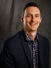 Allen Vaughan is  the Consumer Experience Director at the Des Moines Register and will be a storyteller at the Secret Lives of Artist event.