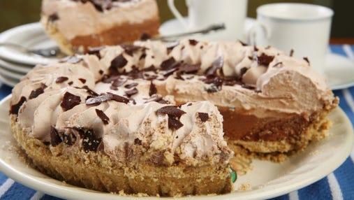 File: chocolate cream pie