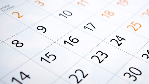 calendar with the number of days