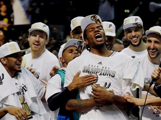 APTOPIX NBA Finals Ba_Beye.jpg