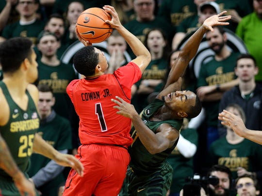 Michigan State's Lourawls Nairn Jr., right, guards Maryland's Anthony Cowan Jr. during the second half on Thursday, Jan. 4, 2018, at the Breslin Center in East Lansing. The Spartans won 91-61.