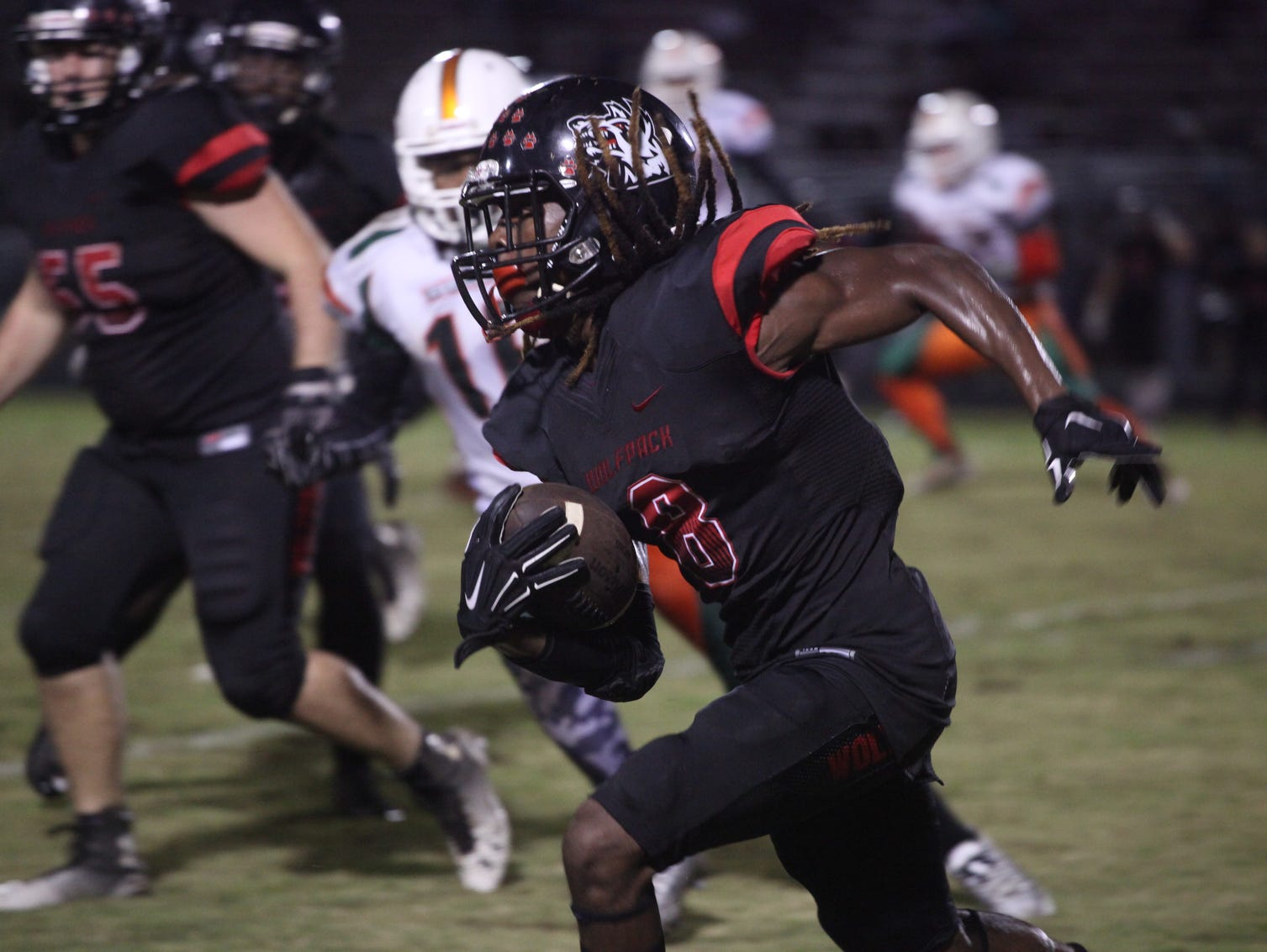 Dunbar and South Fort Myers compete during a game on Friday night.